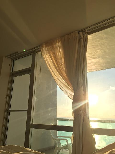 gardinbus finder gardiner til dig i sommeren