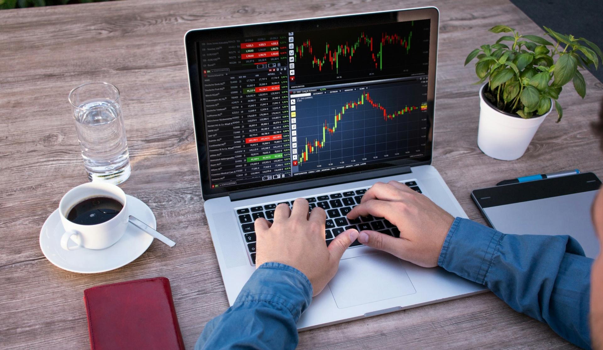 I dag skal det handle om din online tilstedeværelse som virksomhed. Det skal nærmere bestemt handle om et webbureau, som kan hjælpe dig med at markedsføre din virksomhed online. Læs med.